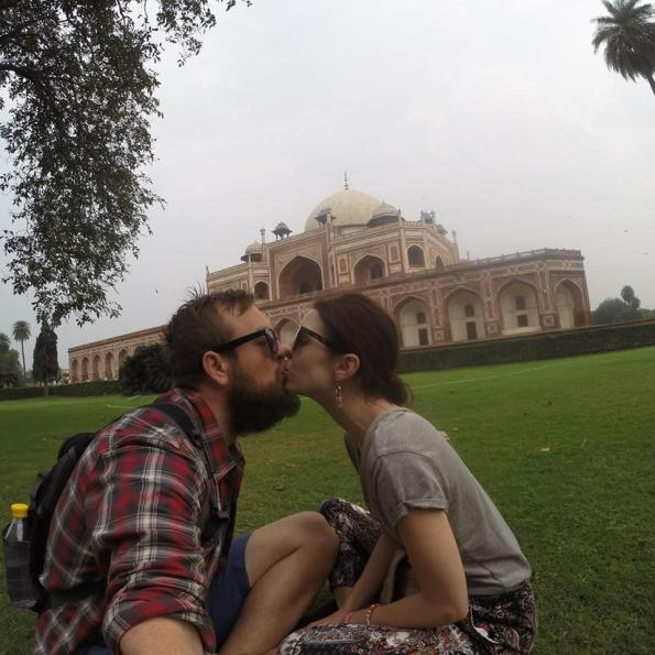 kissing india